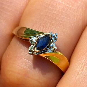10k Solid Yellow Gold Marquise Blue Sapphire Ring